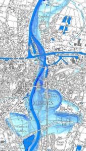 Überflutung bei einem hundertjährigen Hochwasser